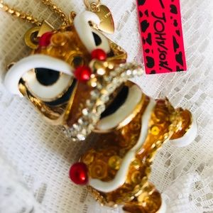 Betsey Johnson Jewelry - BETSEY JOHNSON~ Amazing lucky dragon Necklace